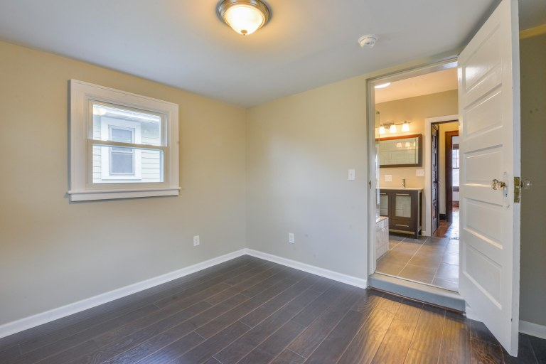 286 E Woodrow Avenue - Bonus room with brushed nickel light fixtures