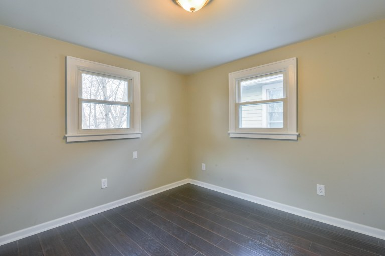 286 E Woodrow Avenue - Bonus room with laminate flooring & new windows