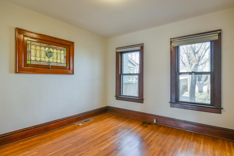 286 E Woodrow Avenue - Dining room