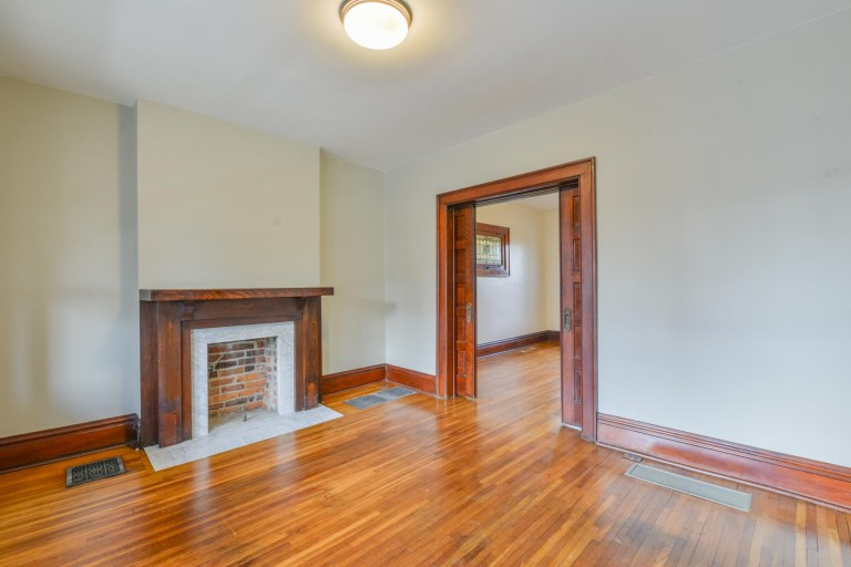 286 E Woodrow Avenue - Living Room with fireplace
